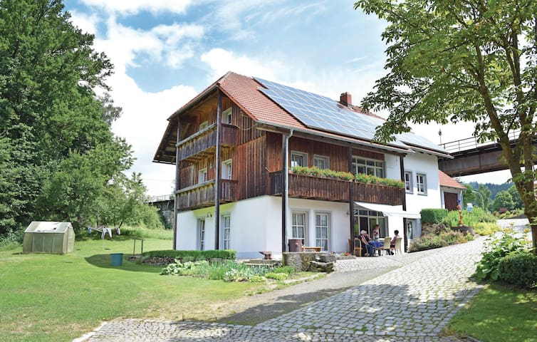 Holiday apartment with 3 bedrooms on 88 m² in Waldmünchen