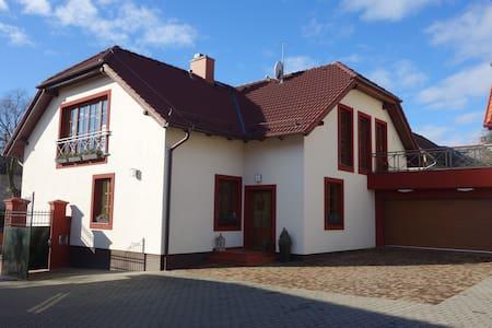 Samostatný byt 65m2 - 2 ložnice