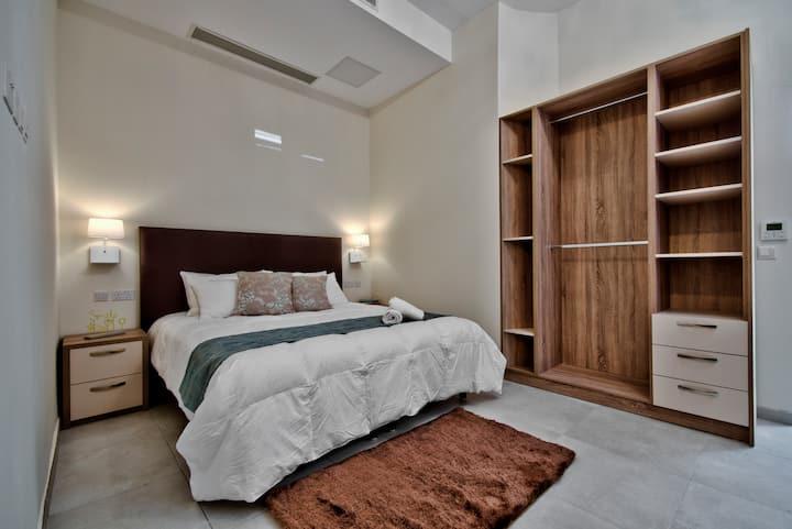 The Suites - Piazza Kirkop B&B