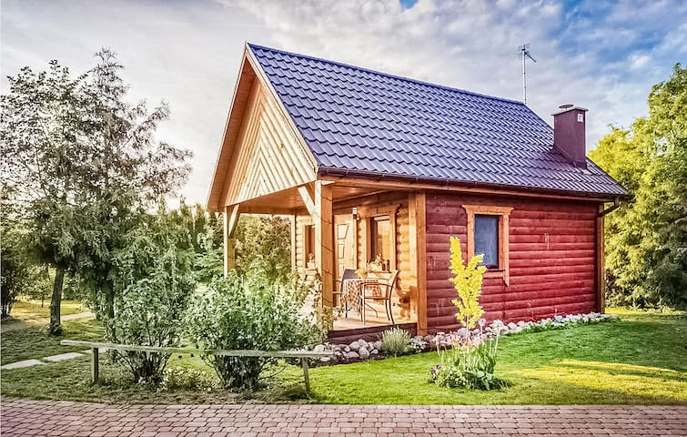 Holiday cottage with 4 bedrooms on 105m² in Sierakow