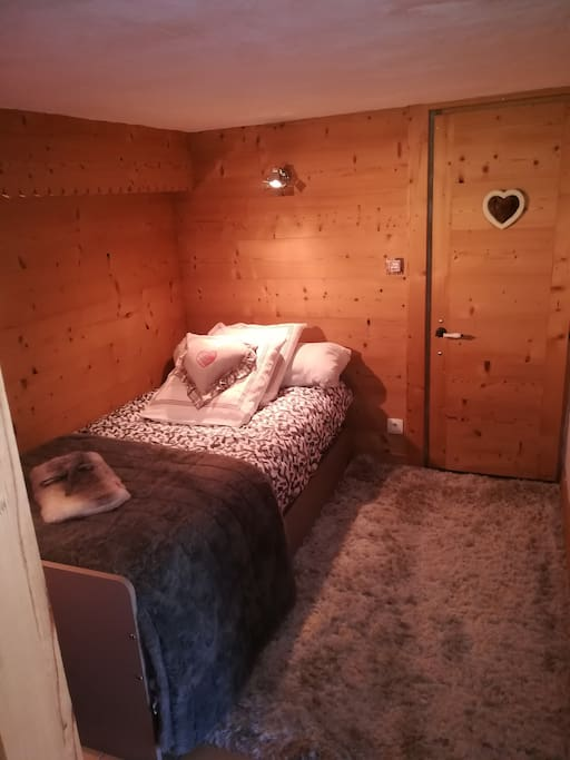 chambre ( lits gigognes)