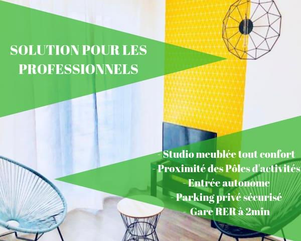 ★ STUDIO COSY Le Parc Des Expositions★ Parking Privé Sécurisé