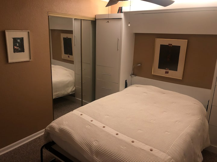 Second room (single occupancy) in peaceful home