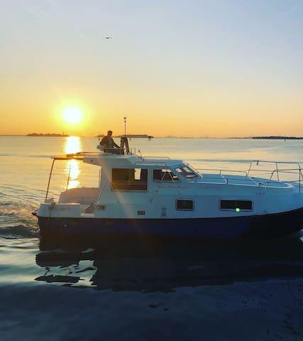 Houseboat Venice