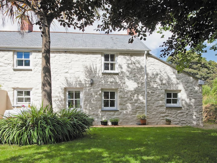 2 Woodford Cottages (W40746)