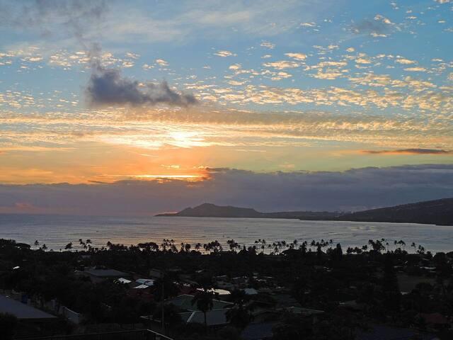 Panoramic Ocean Views & 5 Star Renter Reviews!