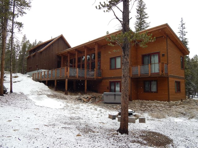 The Lodge on Willow