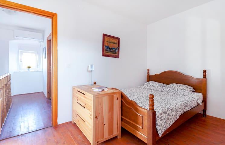 Second floor - bedroom 4