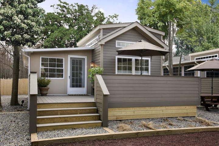 luxury park model cottages 2