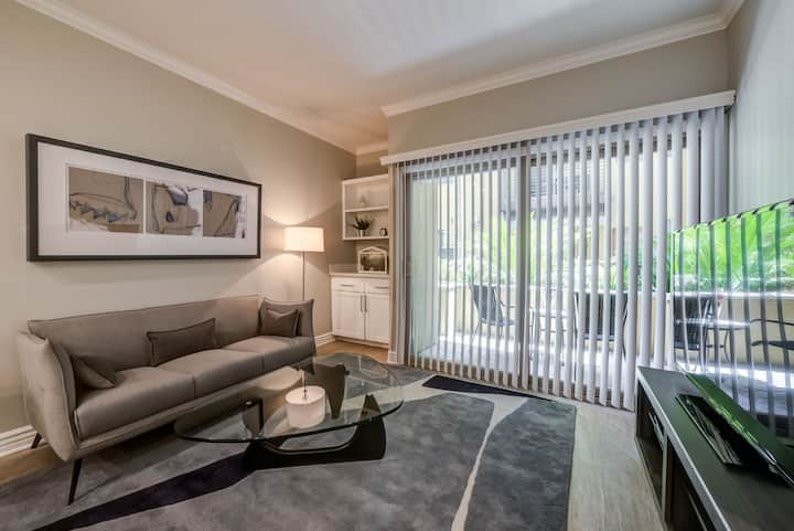 Well-kept apartment home | 1BR in North Hollywood