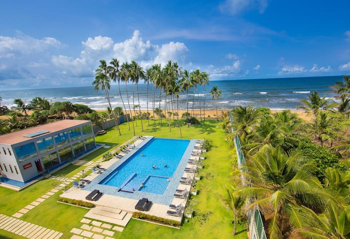 Club Waskaduwa Beach Resort & Spa - Kalutara - Bed & Breakfast