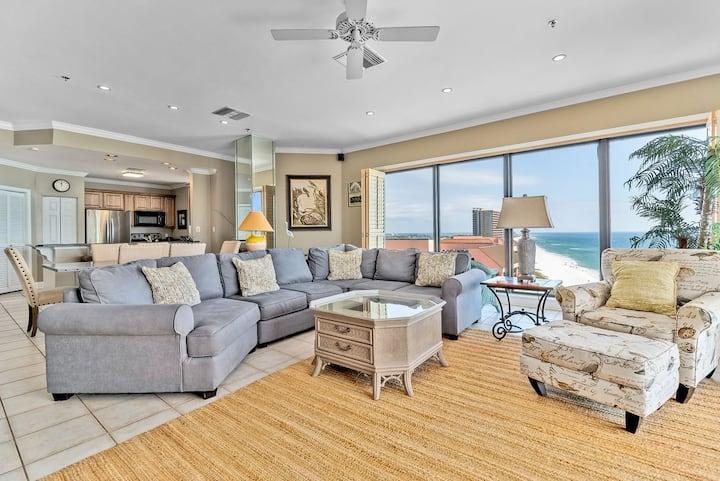 Beachfront Penthouse! Spacious 3/3 Condo with 16th Floor Views!