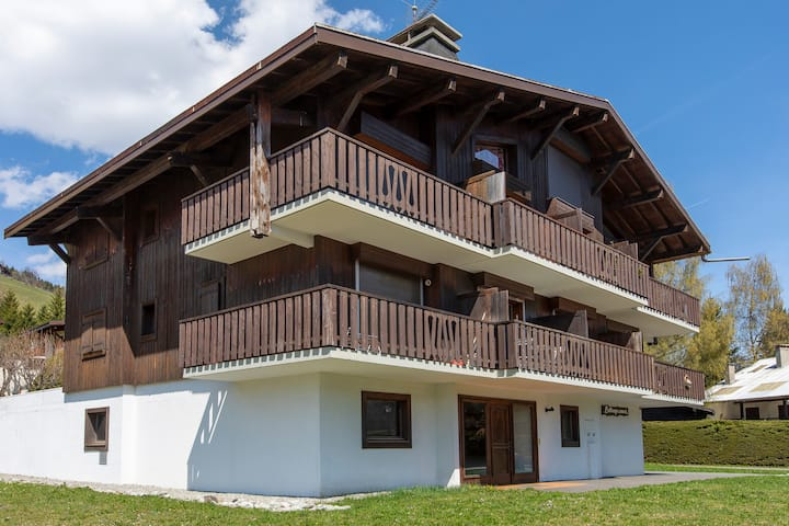 Lovely Chalet in Megeve with Balcony! #COEUR5