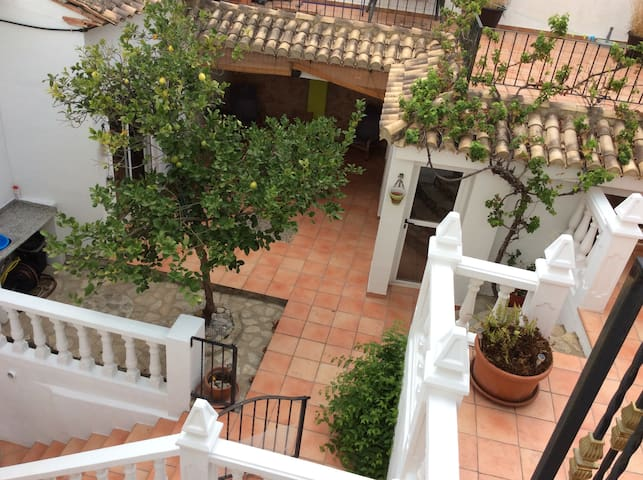 Hidden village gem with plunge pool and games room - Palma de Gandía - Casa