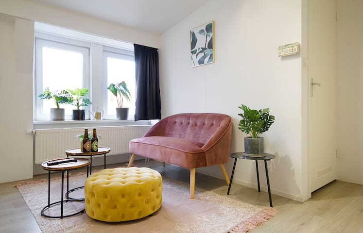 NEW! Private studio @best location Amstel River