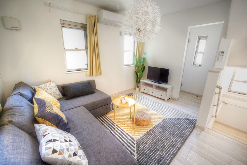 2/F Living Room