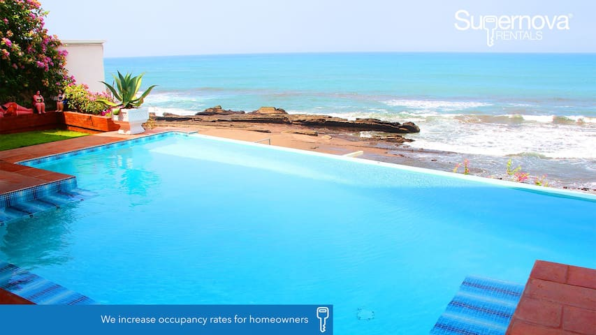 Lux Beachfront Private House - Departamento de Carazo - Huis