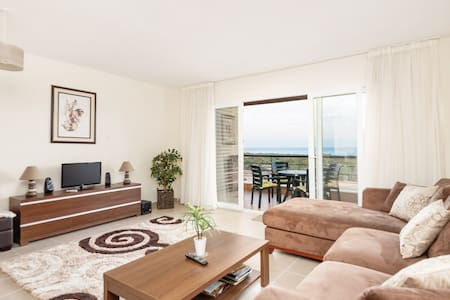 Sea View Beach Apartment - Bafra - Leilighet