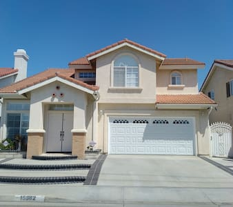 LovelyVacationHome-15 mins from Disneyland/Knotts - 威斯敏斯特(Westminster)
