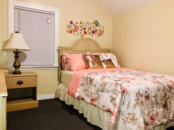 Private cozy room 3