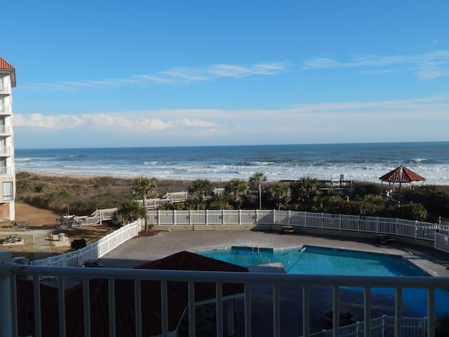 Sensational View at Oceanfront  2 BR/2 Bath condo - North Topsail Beach - Apartment