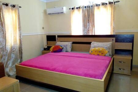 Gen-Preston Hotel - Deluxe Room