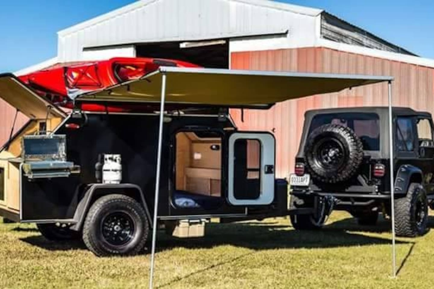 Fully self contained off-road teardrop trailer.  Robust electric system with 12v, 120v, solar panels, deep cycle batteries, power inverter, water system with 10 gallon tank, electric water pump, faucet, stainless steel sink.