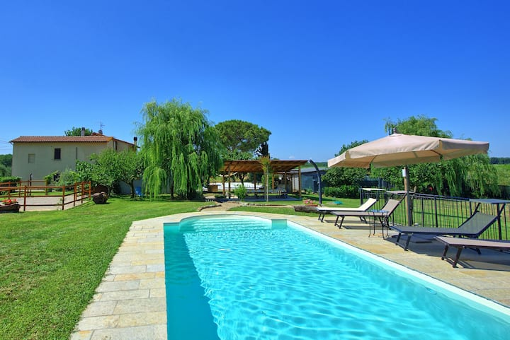 Casa Violina - Holiday Rental with swimming pool in Valdichiana, Tuscany.
