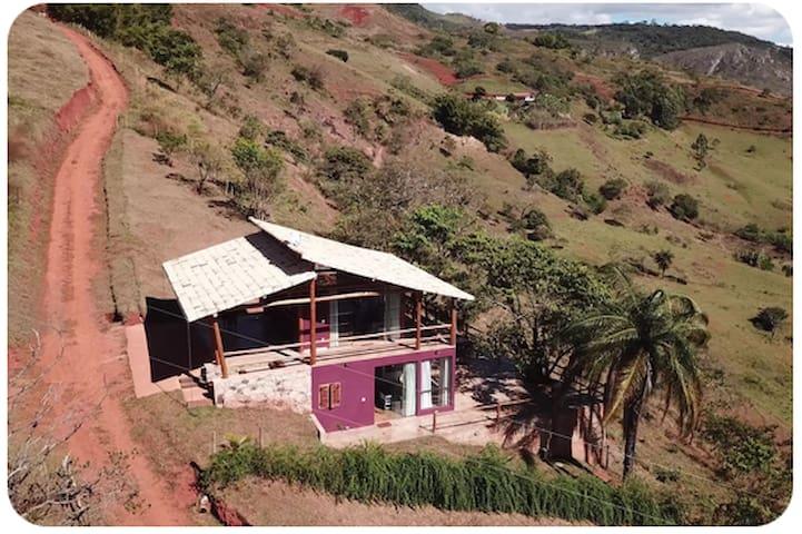 Chalés Beija-flor, 2 (andar inferior).