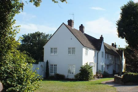Winchelsea Cottage Sleeps 5 ideal for family seaside breaks - Winchelsea  - 獨棟
