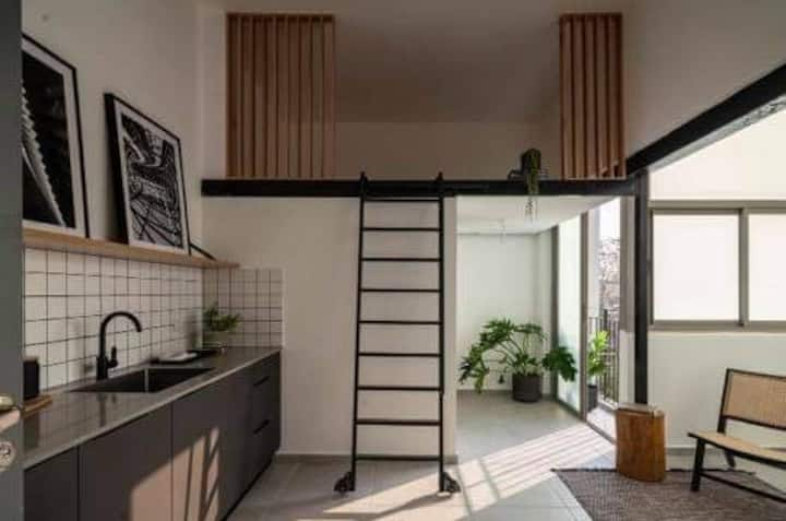ALENBY #13 classic modern Studio Apartment by Homy