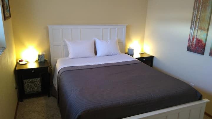 Quiet Exec Suite-or-Family Space, central location