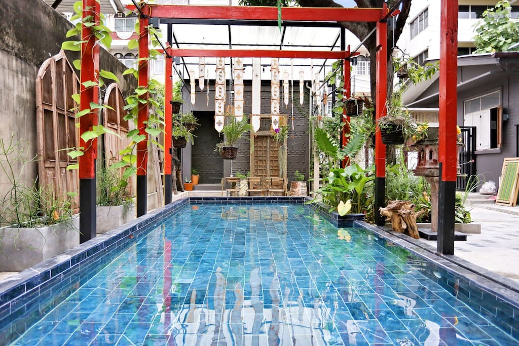 private plunge pool in the middle of the city.