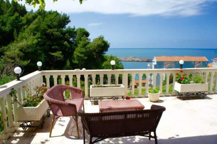 Cezar holiday home