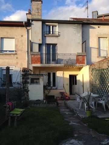 Maison Nancy Centre Pépinière - Nancy - Hus