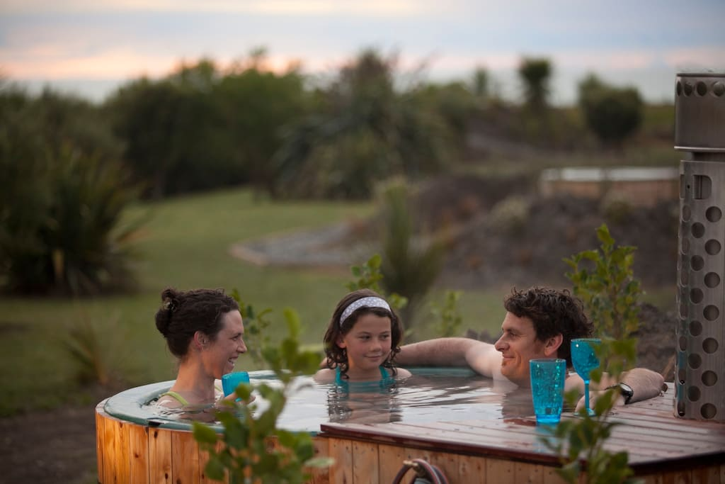 Outdoor hot tubs, discounted for Airbnb Guest
