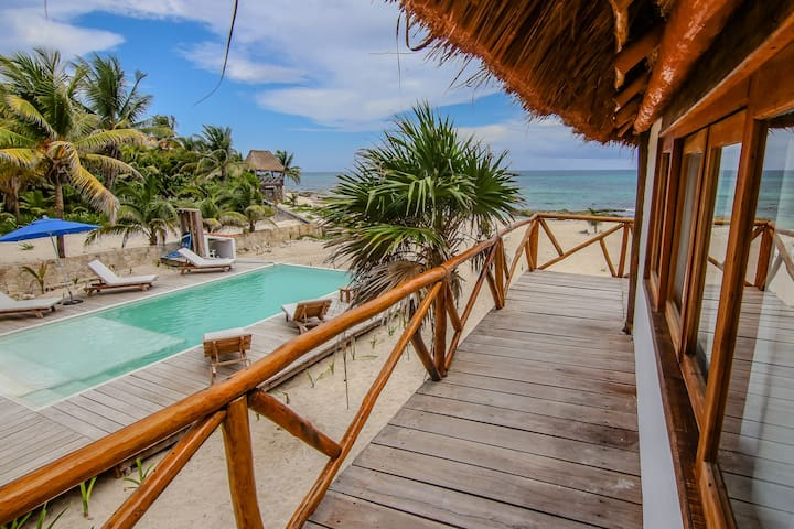 Riviera Maya Villa with Beachfront and Pool