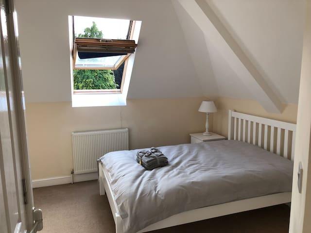 Beautiful double en-suite room