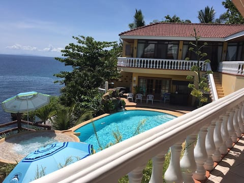 Seaside Villa Tabogon Cebu(Villa 1)