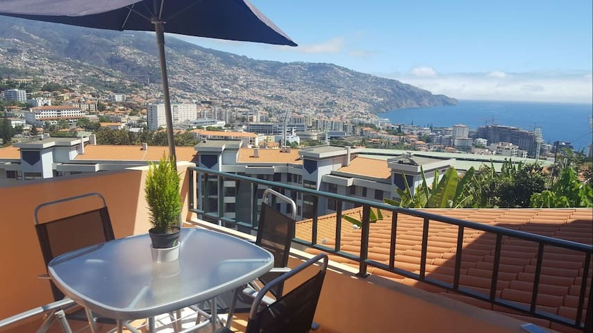 Perfect House with breathtaking views - Funchal