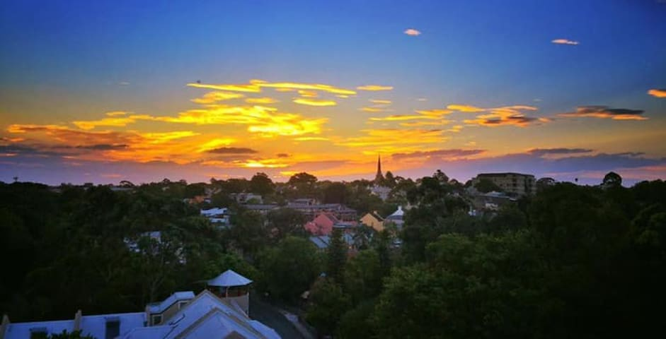 1 Brd Close to City/USYD with Fantastic View