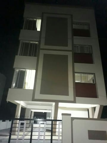 6 Bhk Large  Independent  House