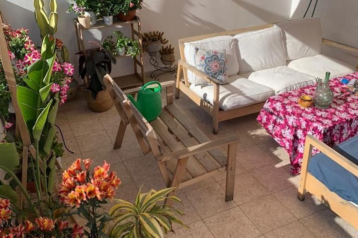 Adorable rooftop apartment the heart of Tel Avi