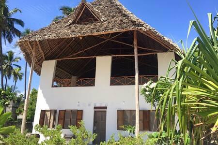 Kirsten's Family House - Jambiani