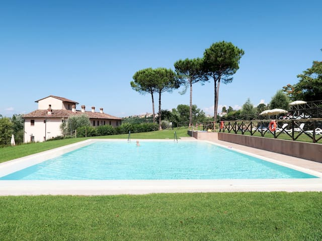Apartment Podere Francigena for 8 persons