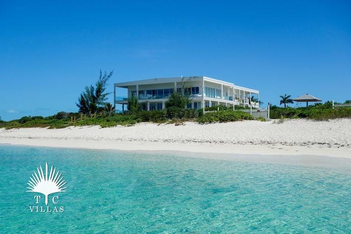TC Villas // Impulse Beach Estate - Room for 20