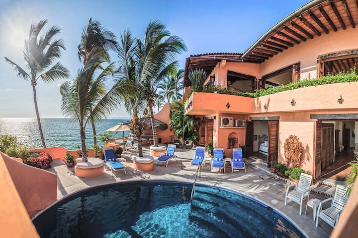 MEXICAN BEACHFRONT VILLA FULL STAFF- SUMMER PROMO!