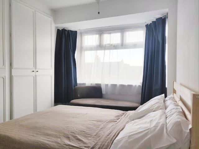 Large studio in central London, Muswell hill. N10