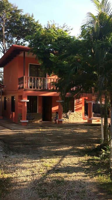 2 floor house with 2 bedroom