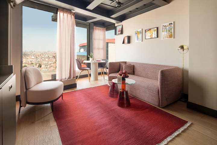 Luxury Stay | Gorgeous Old Town & Golden Horn View